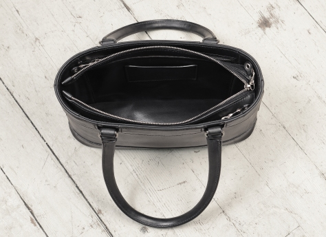 Hand-burnished,-black-Hand-Bag-with-two-handles;-12-x-8-x-3'-topdown1
