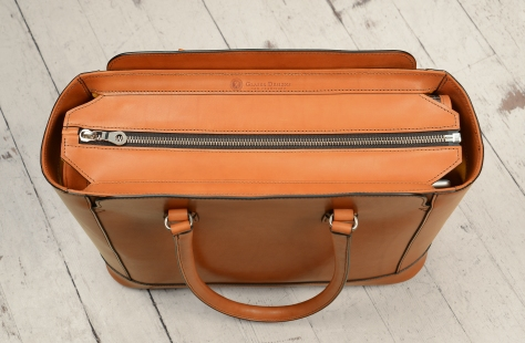Hand-burnished,-chestnut-City-Tote-with-cadmium-yellow-grosgrain-lining;-16-x-12-x-6'-topdown1