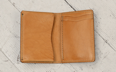 Hand-grained,-hand-colored-sienna-5-Pocket-Card-Holders-inside
