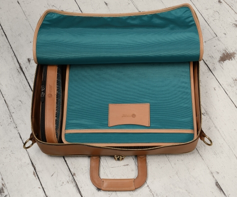 Hand-grained-natural-Soft-Attache-with-turquoise-grosgrain-lining;-17-x-12-x-4'-topdown1