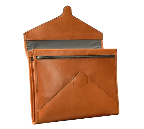Hand-burnished-chestnut-All-Leather-Flapover-Folderholder-front-open