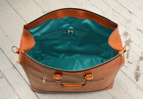 Hand-burnished,-handmade-chestnut-Club-Bag-with-turquoise-lining;-19-x-13-x-8'-topdown2