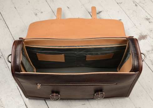 Hand-grained,-hand-colored-espresso-Headhunter-Flaptop-Bag-with-natural-trim;-17-x-12-x-5'-topdown
