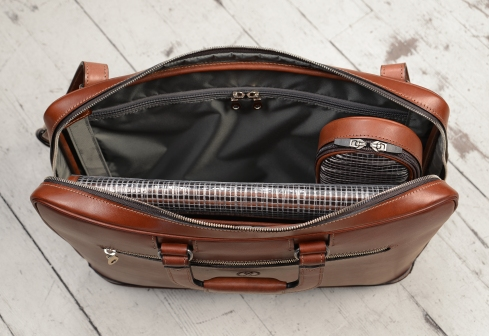 Hand-burnished-espresso-Platform-Portfolio-with-handles-and-shoulder-strap;-16-x-11-x-4'-topdown1