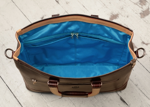 Hand-grained,-hand-colored-espresso-Club-Bag-with-hand-grained-natural-trim-and-california-blue-lining;-16-x-10-x-4'-topdown2