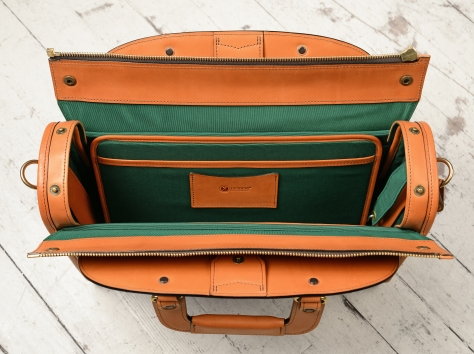Hand-burnished-chestnut-Deal-Bag-with-forest-green-grosgrain-lining;-17-x-12-x-5'-topdown1