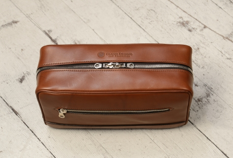 Hand-burnished-espresso-All-Leather-Travel-Kit-topdown1